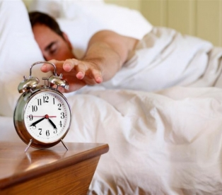 сколько часов нужно спать человеку
